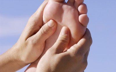 Hoe een voetenmassage nekklachten kan verminderen.